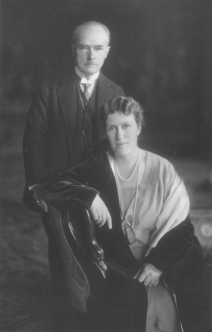 Bertha und Gustav Krupp von Bohlen und Halbach, 1927