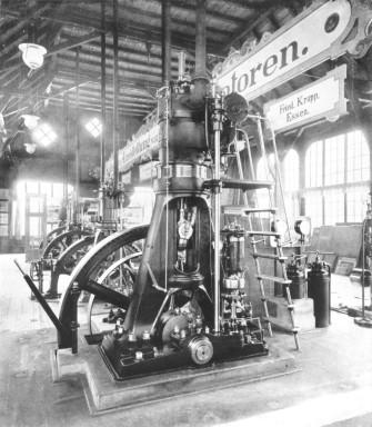 Nach vierjähriger Versuchsarbeit wurde 1897 gemeinsam von Rudolf Diesel
