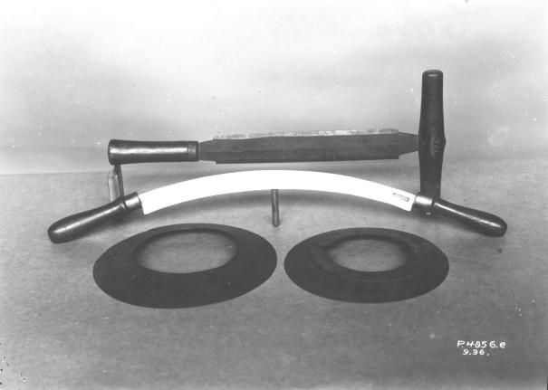 Werkzeuge für Handwerker, frühe Erzeugnisse der Gussstahlfabrik