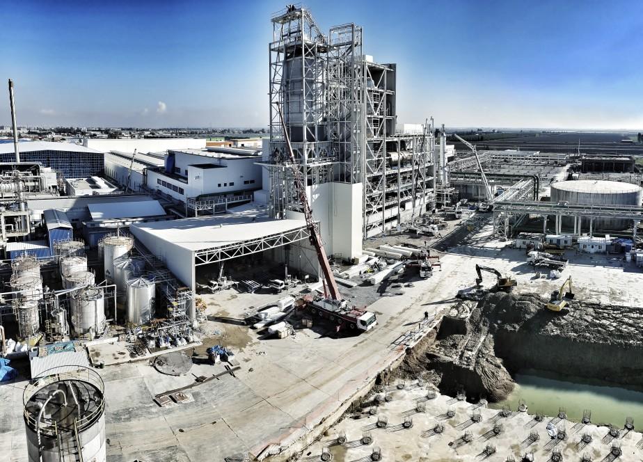 thyssenkrupp nimmt eine der größten Polyesteranlagen für SASA in der Türkei in Betrieb
