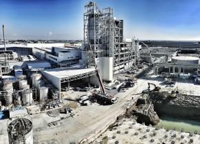 thyssenkrupp nimmt eine der größten Polyesteranlagen in der Türkei in Betrieb