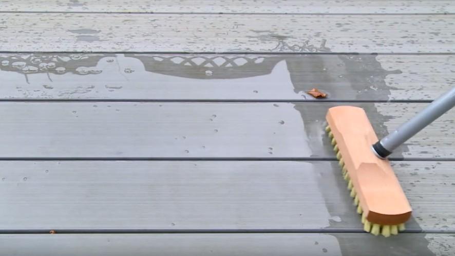 Video Reinigung WPC Terrassendielen
