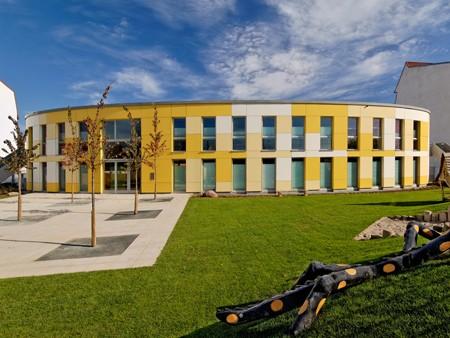 neue Fassade für Kindertagesstätte in Rostock