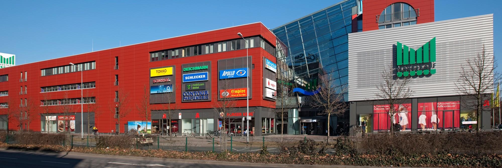 Neue Fassade für den Warnow Park Rostock