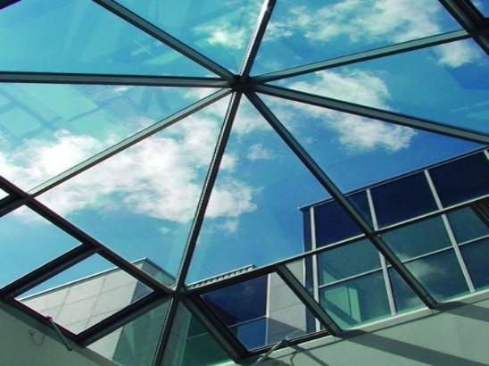 SOLARZONE® Láminas solares para cerramientos plásticos