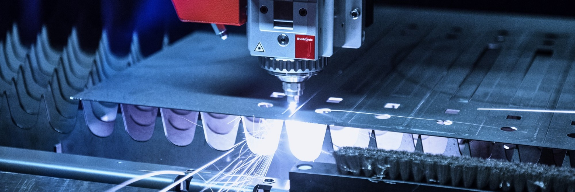 Laser cutting processing
