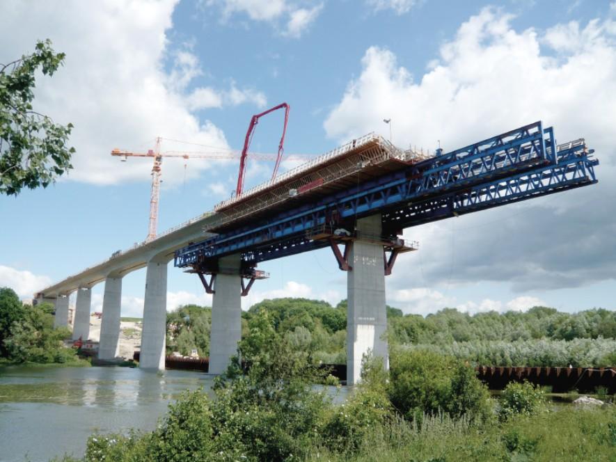 Construction of the Scherkondetal bridge near Weimar