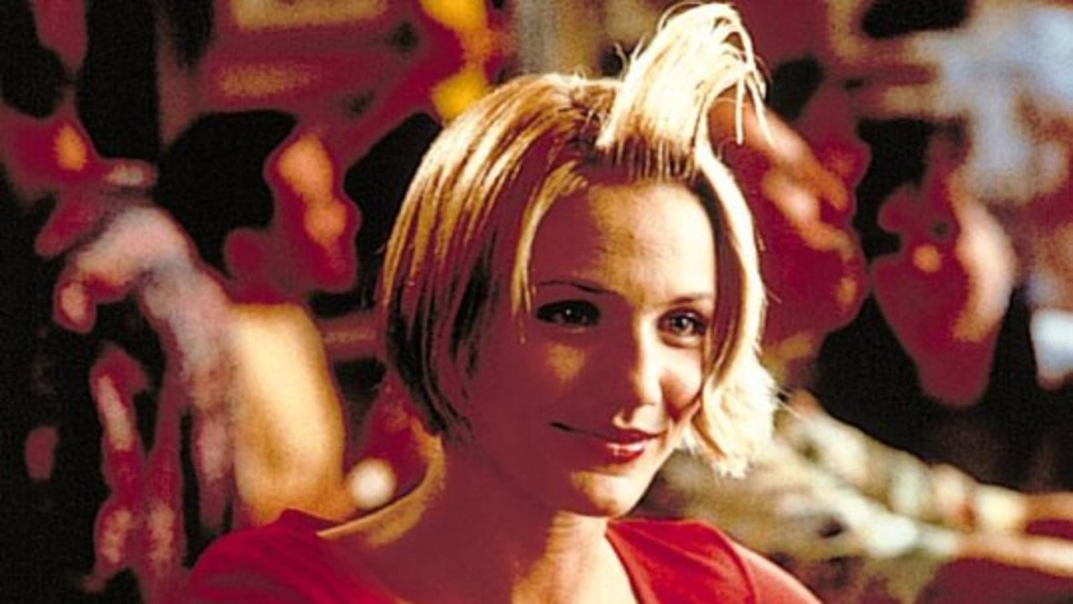 But 'Crazy about Mary' with Cameron Diaz and Ben Stiller is more popular with younger audiences. The film wins three MTV Movie Awards.
