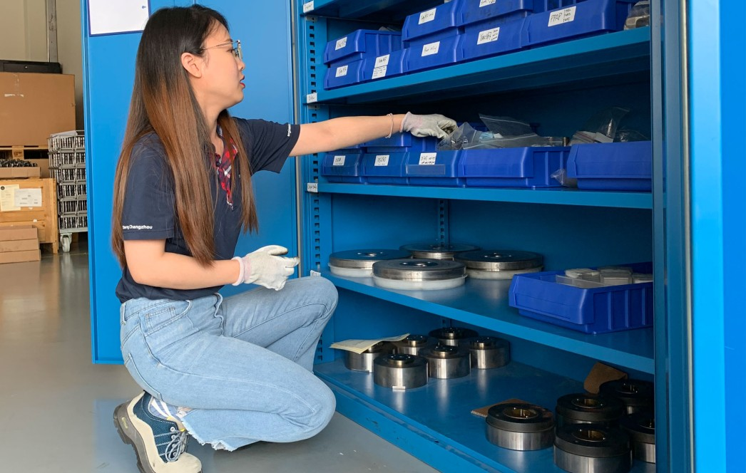 To improve the efficiency of her team, forging specialist Qingyan Wu is constantly looking for ways to improve the machines and tools at the Changzhou site