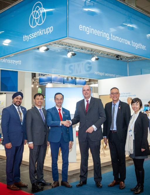 Dr. Kaufmann together with Dr. Koh Senior Minister of State for Trade and Industry Mr. Lim Assistant MD EDB Mr Bay Singapore Ambassador in Germany and EDB team