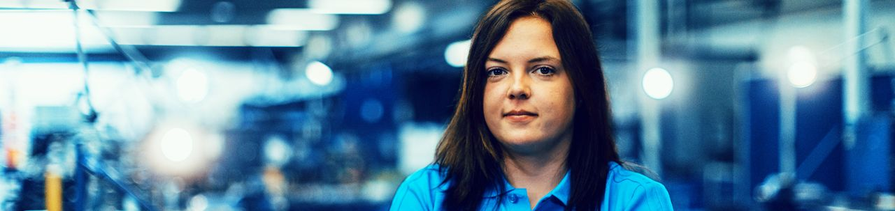 Lisa-Marie, ehemalige Auszubildende zur Zerspanungsmechanikerin