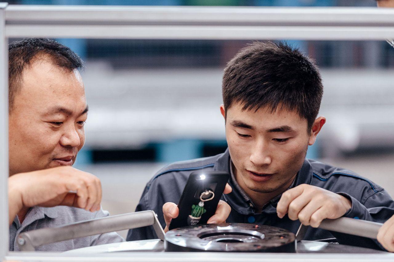 Account Manager Ding Genlin erzählt von seinen Herausforderungen als Account Manager in China