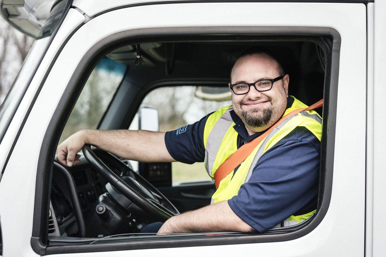 Werden Sie Trucker-Fahrer für thyssenkrupp in Nord-Amerika.