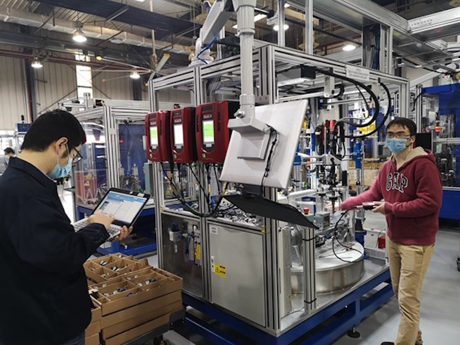 Meticulous planning is required: the company's own production in Shanghai is to be ramped up while at the same time supporting the production start of other customers.