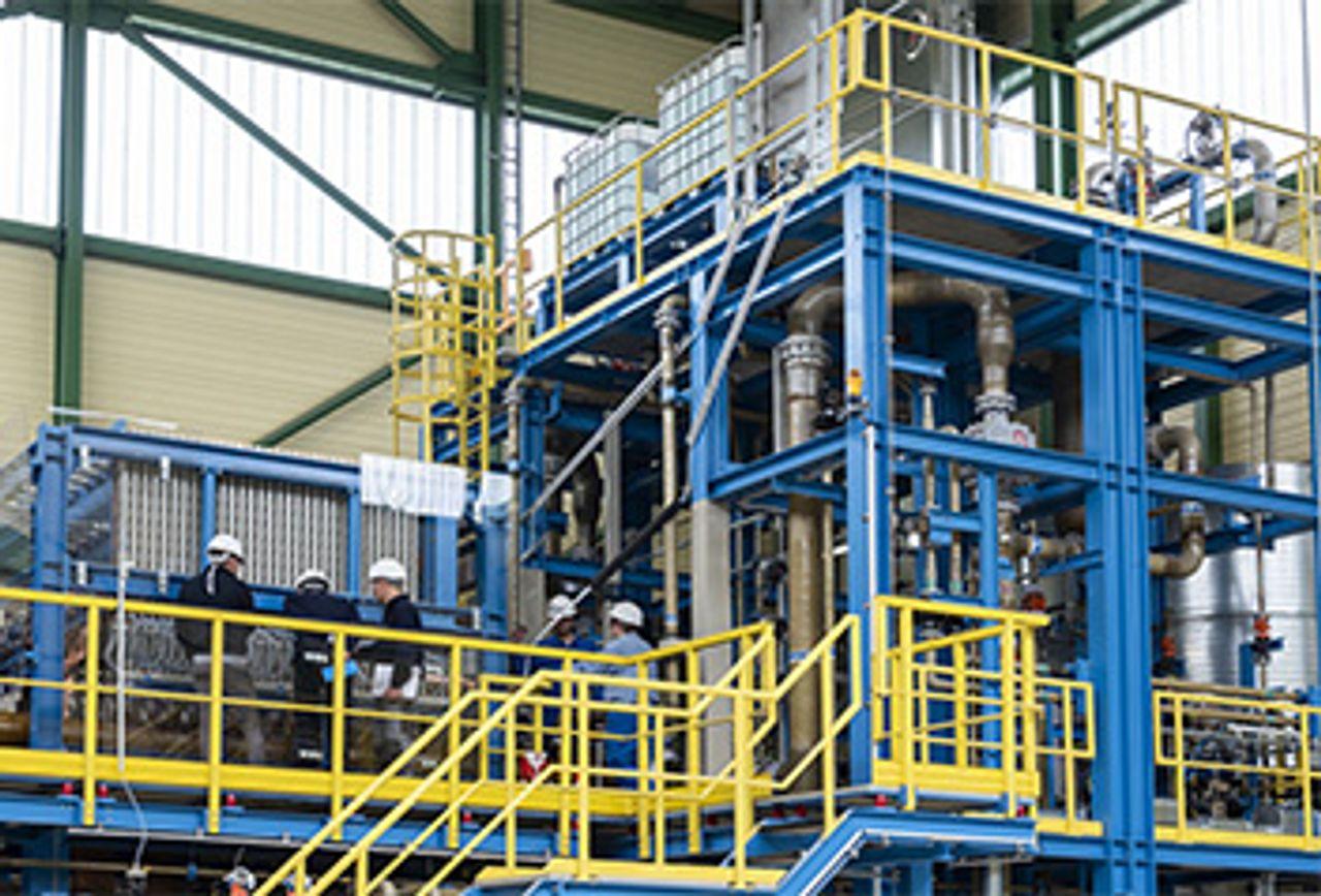 Wasserelektrolyse von Uhde Chlorine Engineers