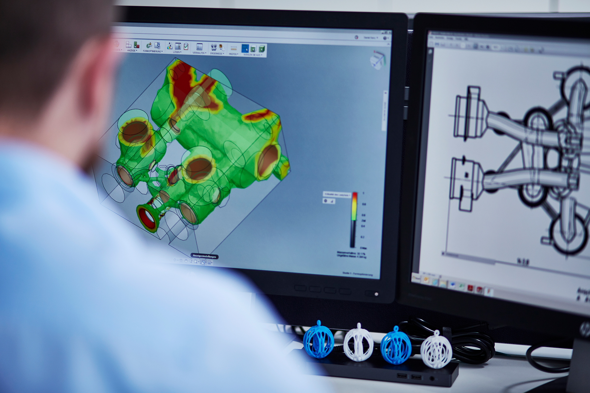 With Additive Manufacturing, thyssenkrupp Marine Systems can industrialize the 3D printing of metals and plastics in series production. The planning and manufacturing process is handled digitally.