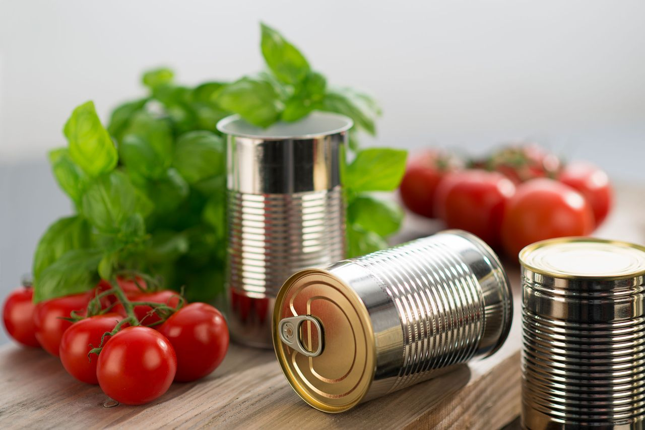 Whether for vegetables, meat or soup – food cans made of tinplate make the recycling cycle a reality