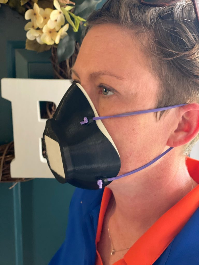 The special thing about the Montana mask: it is reusable and can be disinfected.