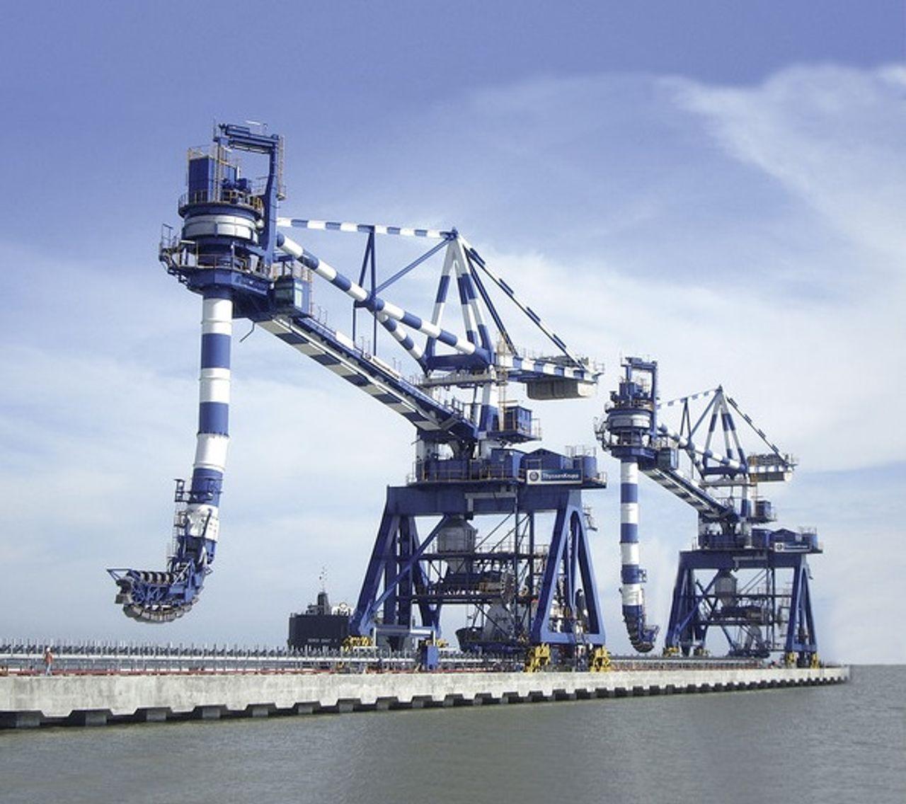 Ship unloaders I thyssenkrupp