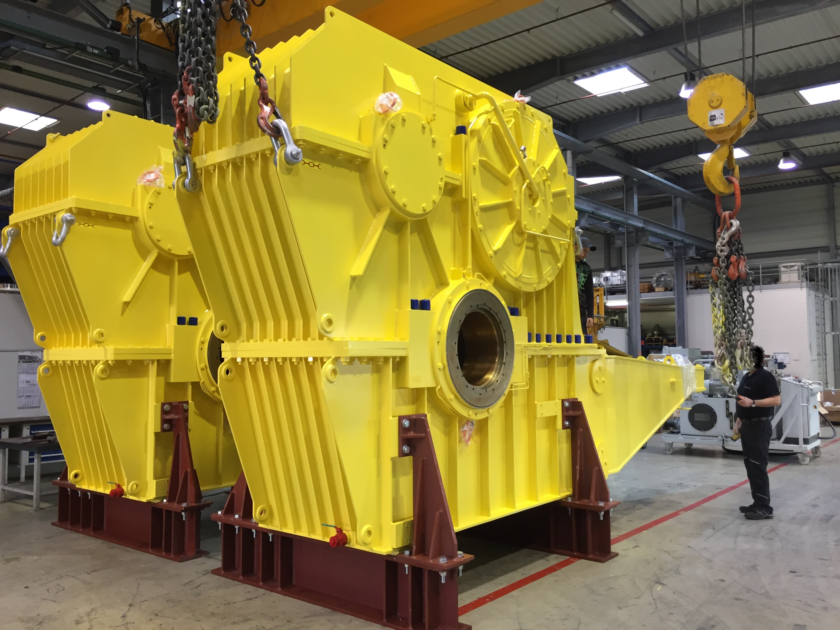Gear and drive units for bucket wheel reclaimers, crushers, apron feeders, etc.
