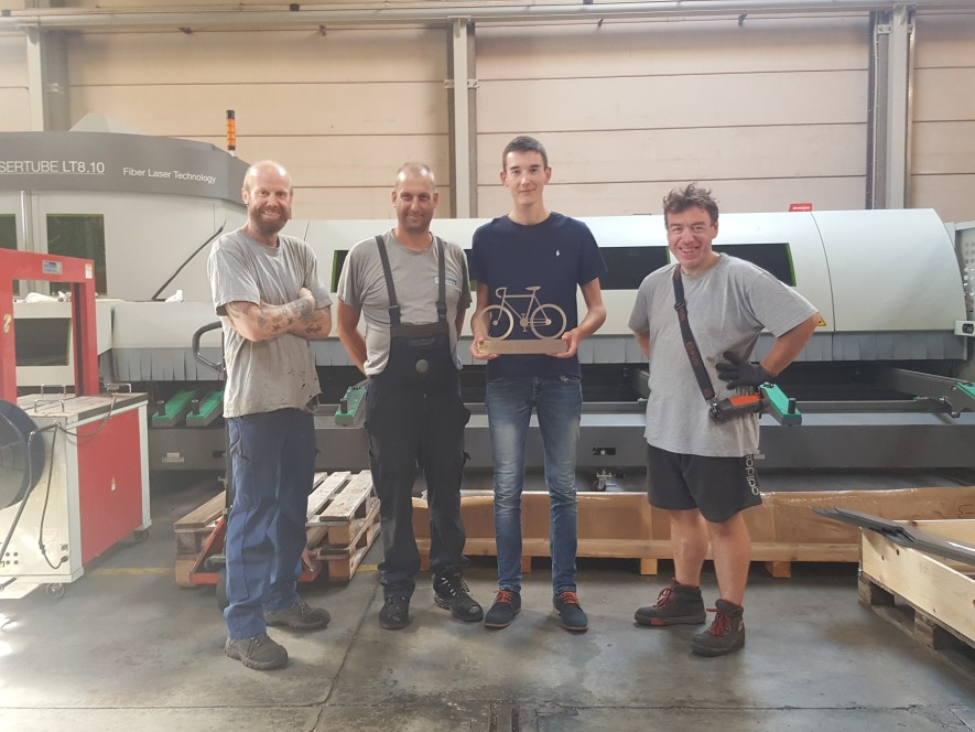 alternant au sein de l'équipe thyssenkrupp Materials France