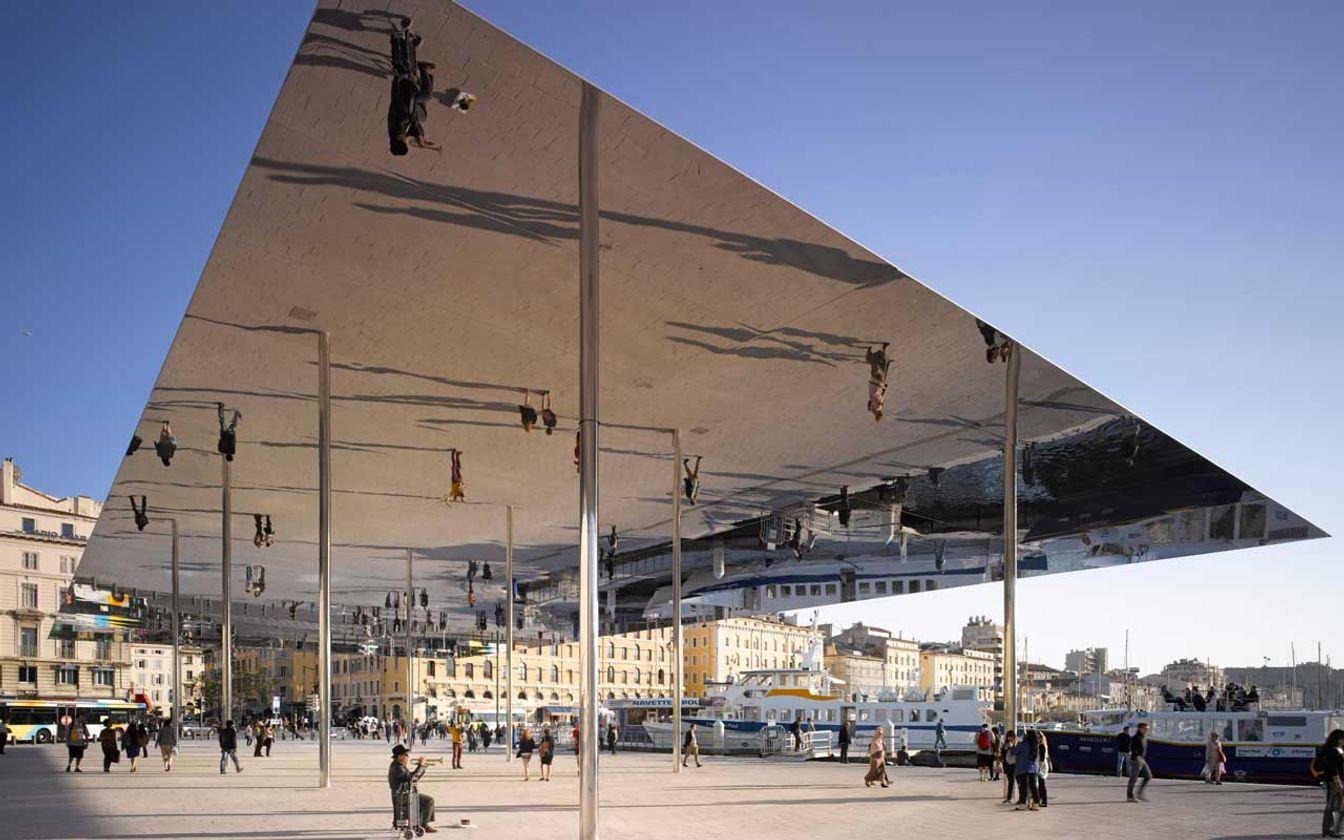Ombrière du port de Marseille