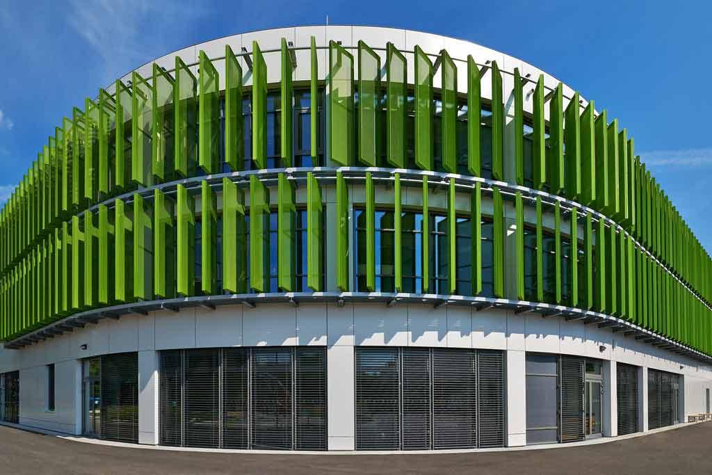 Moderne Fassadenverkleidung mit ALUCOBOND®