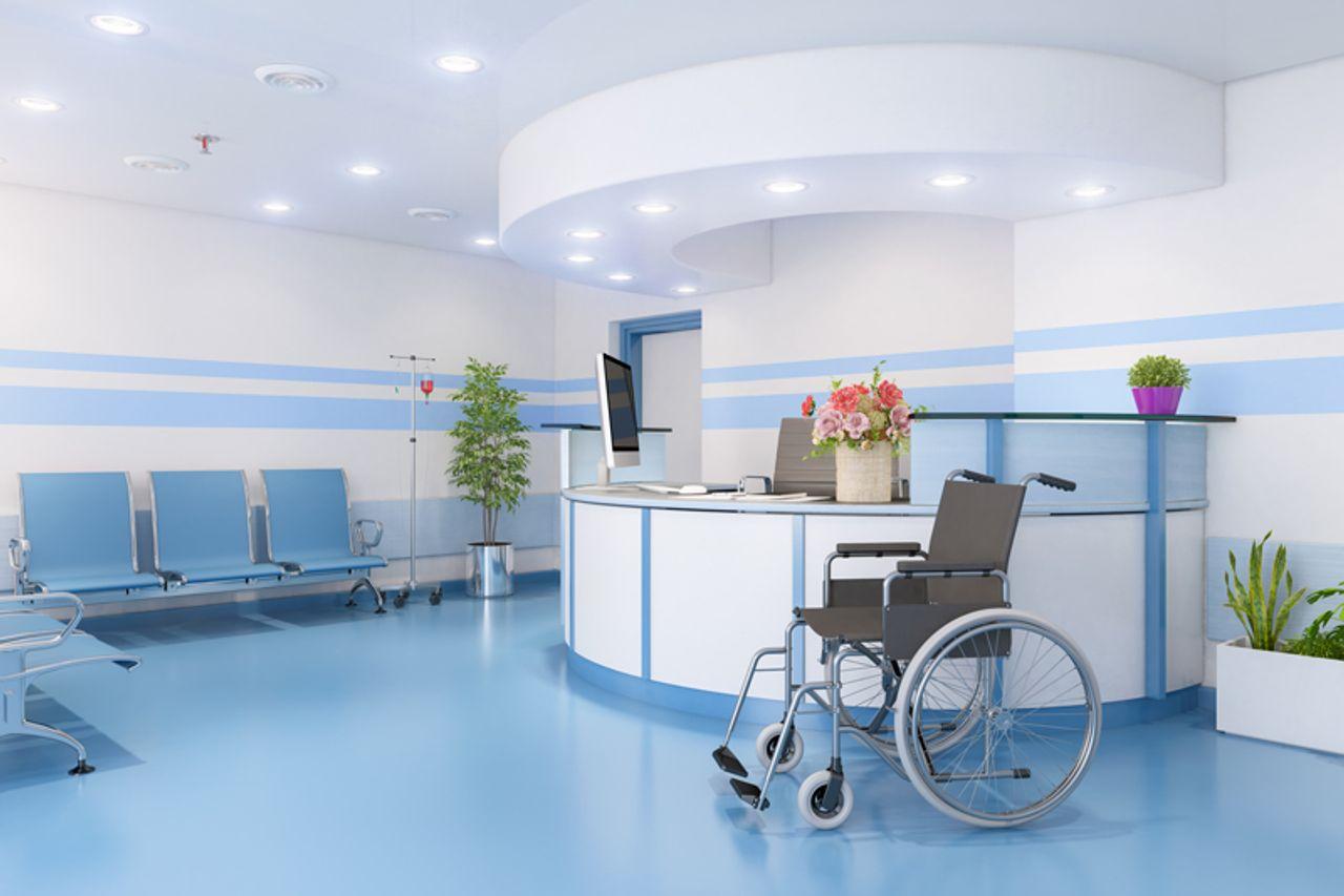mit Trespa TopLab hygienisch sicher am Counter in Arztpraxen und Kranknehäusern