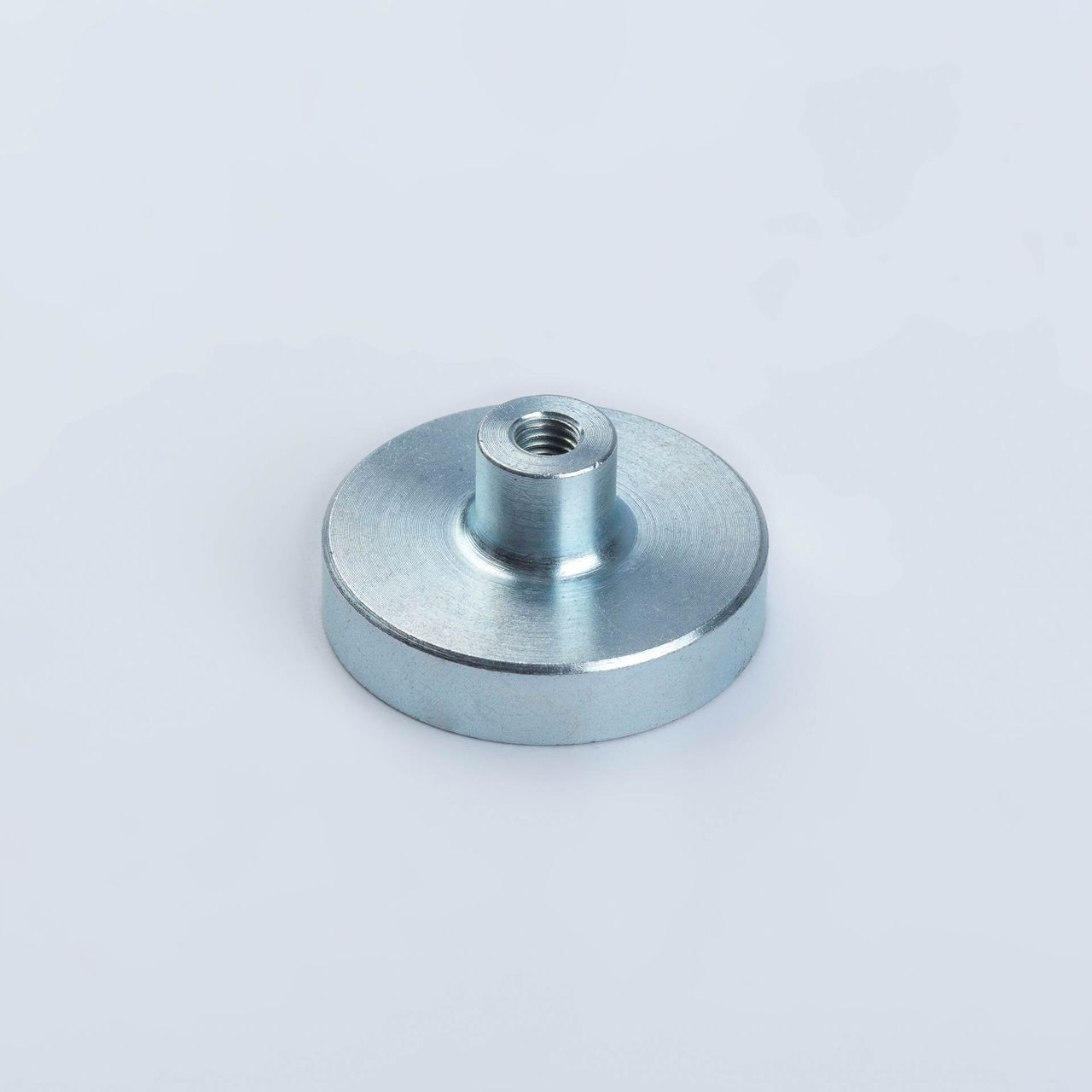 Pot magnet made of Neodym with threaded bush, galvanized, thyssenkrupp Magnettechnik