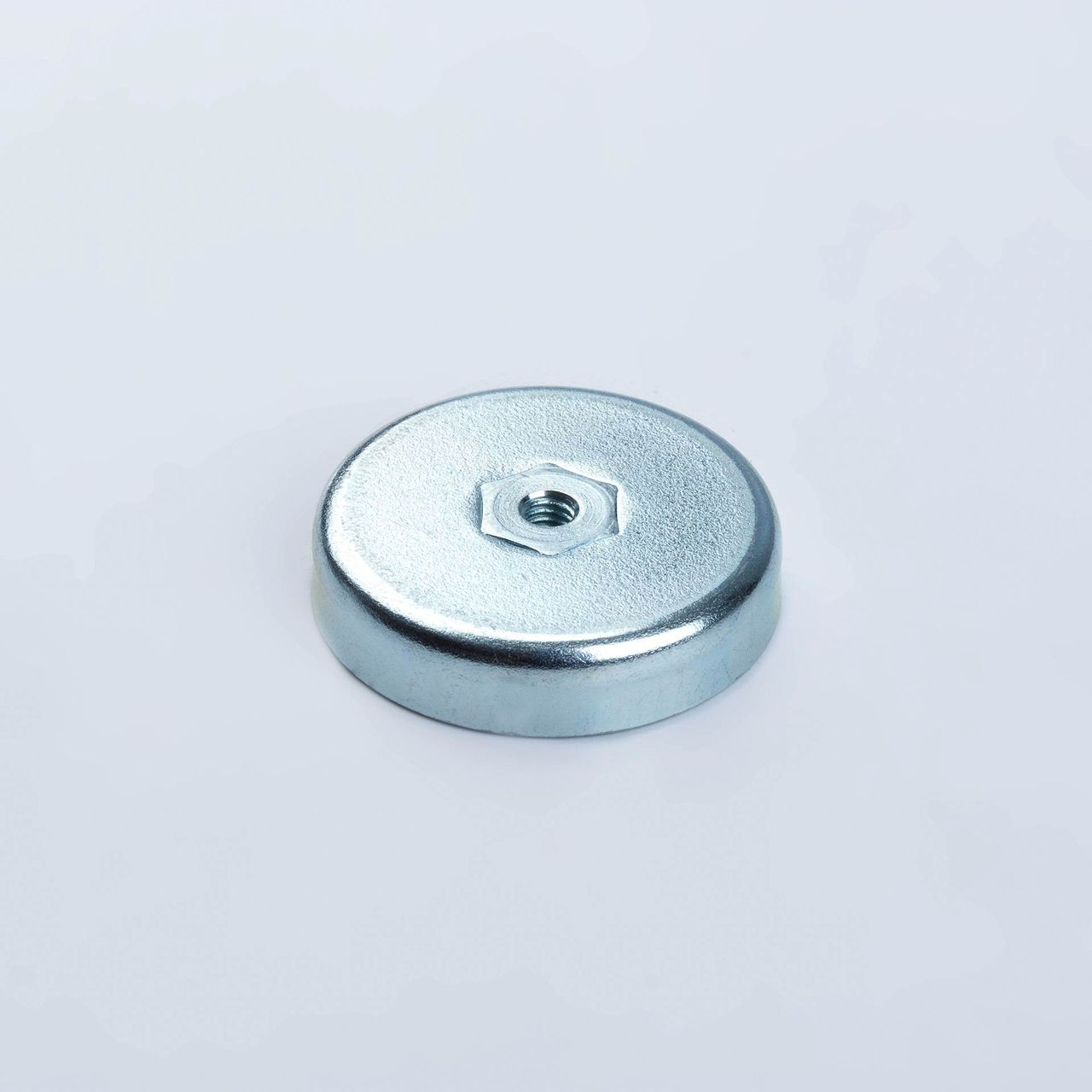 Pot magnet made of hard ferrite with internal thread, galvanized, thyssenkrupp Magnettechnik