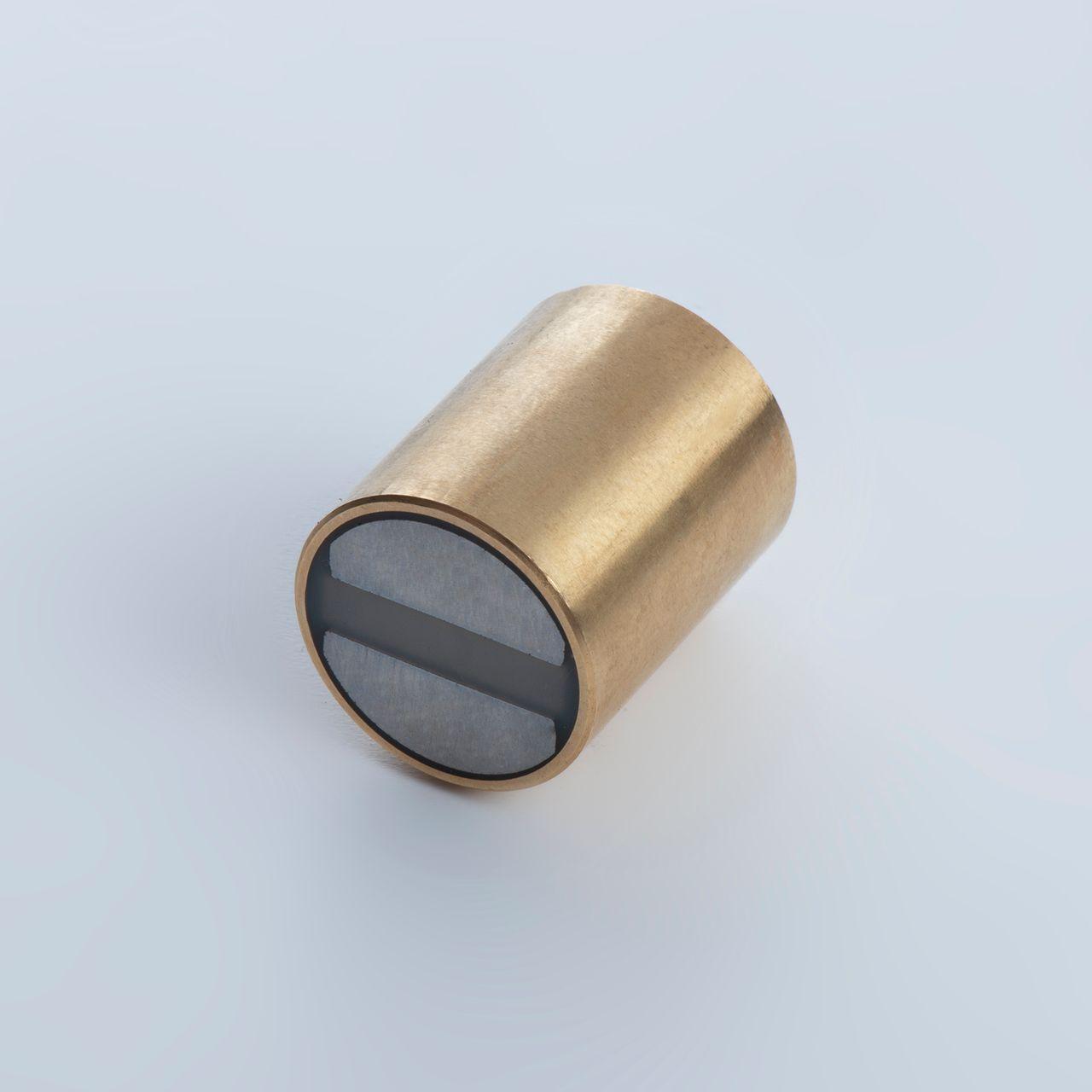 Bar holding magnet made of SmCo, brass housing with fit tolerance h6, thyssenkrupp Magnettechnik