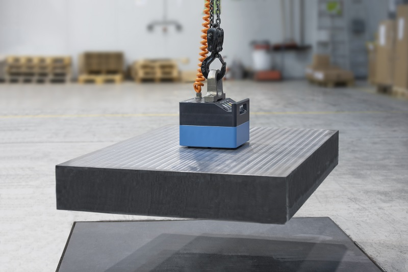 Electrically switchable lifting magnet, thyssenkrupp Magnettechnik