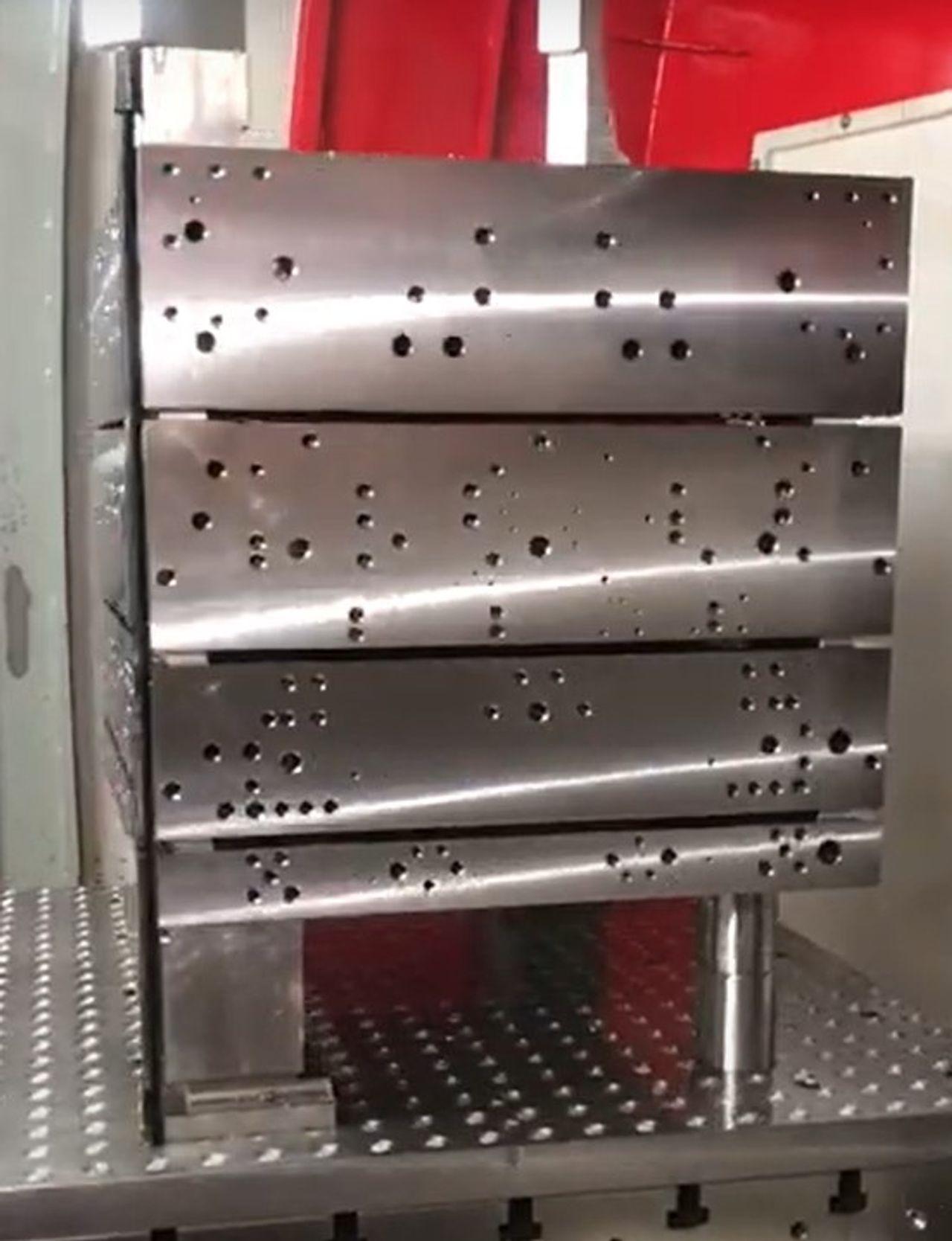 Stahl und Tieflochbohren aus einer Hand