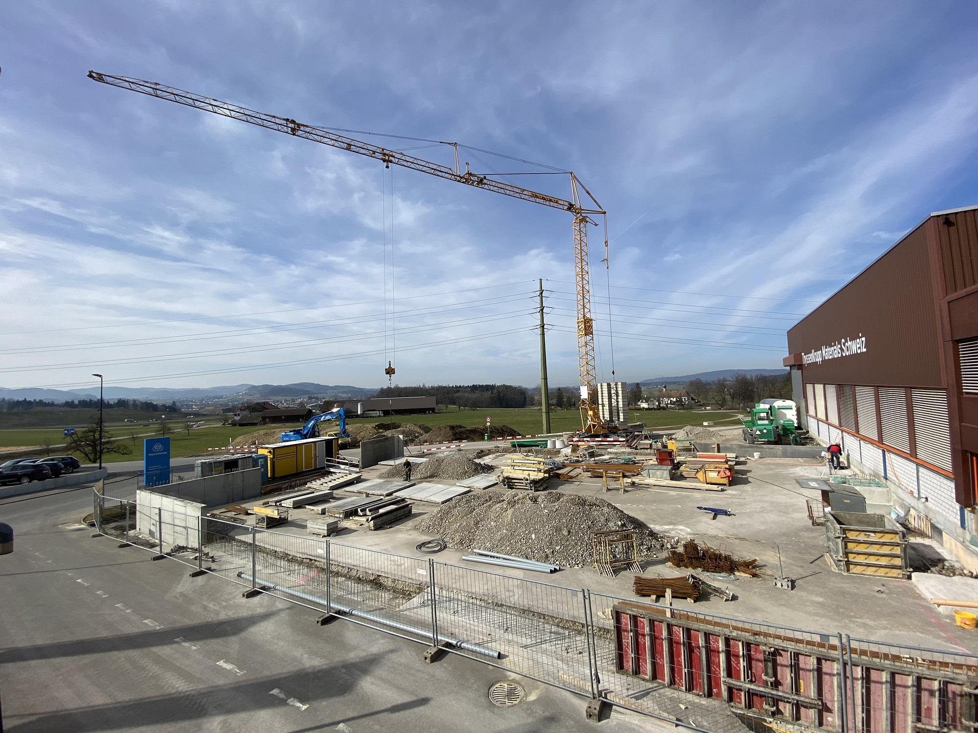 Blick auf die Baustelle der neuen Produktionshalle prodrill